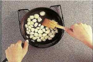 como preparar ajos en conserva